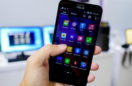 Smartphone dengan RAM 4GB