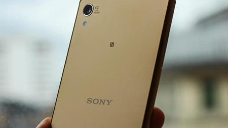 Keluarga Sony Xperia Z5 Termasuk Ponsel 4K Pertama di Dunia