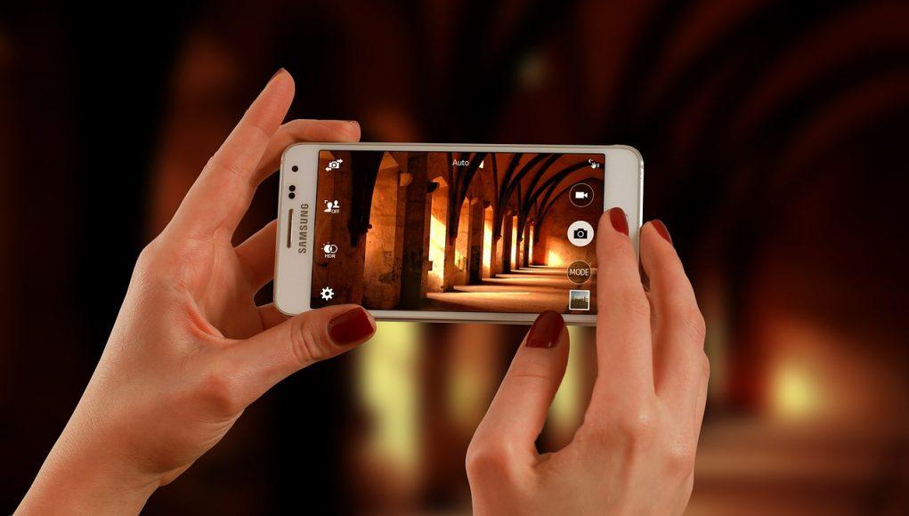 Trik Memotret dengan Kamera Smartphone