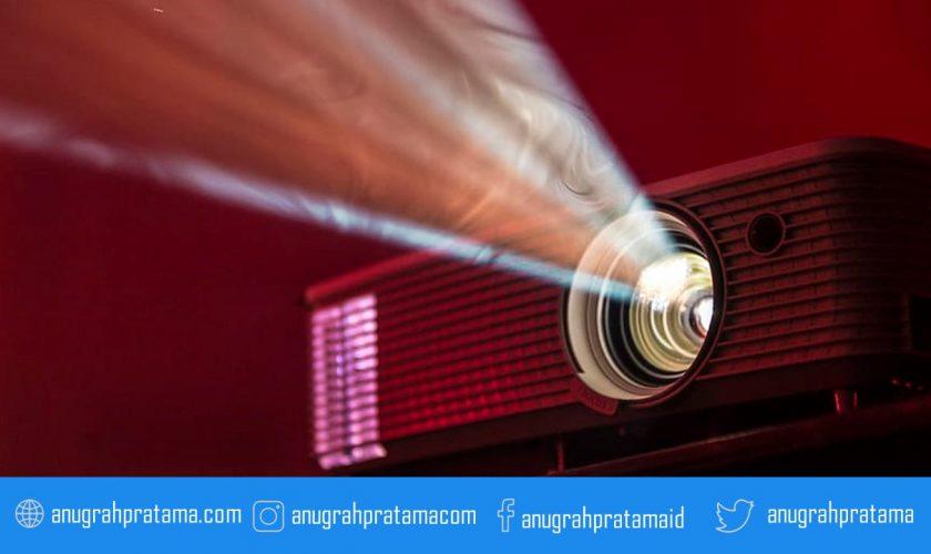 Kinerja Projector yang berkualitas digunakan untuk presentasi